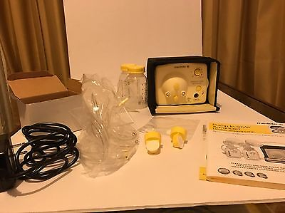 Medela Pump In Style Advanced Breastpump Starter Set-Model # 57081