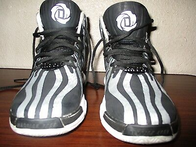 Adidas Derrick Rose's 4.5  size 4 youth
