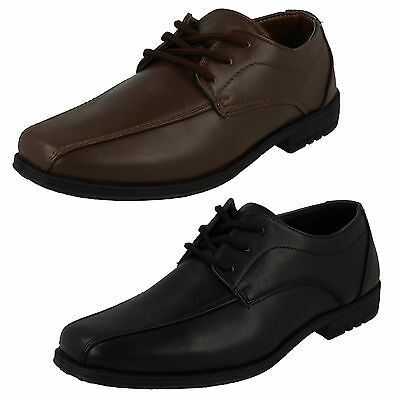 WHOLESALE Boys Smart Shoes / Sizes 11x5 / 16 Pairs / N1111