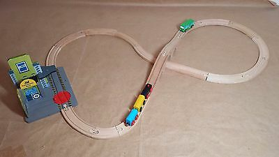 Repair Shed WOOD Train Table City Wooden Railway Track