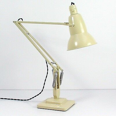 MID CENTURY Industrial Anglepoise Carwandine Table Lamp for Terry & Sons, 1950s