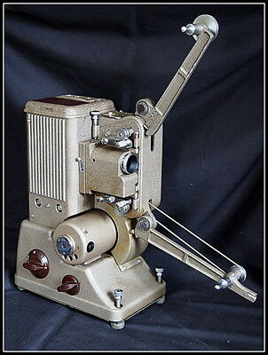 Specto 500 Film Projector. Vintage, 8mm