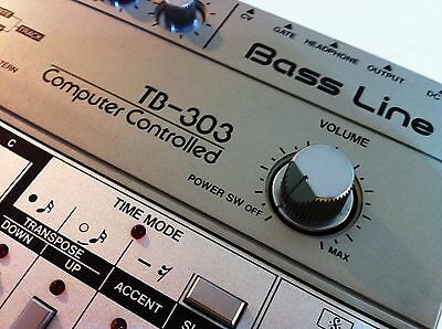 Roland TB303 TB-303 Bass Line Vintage Analogue Drum Synth Sequencer Full Checked