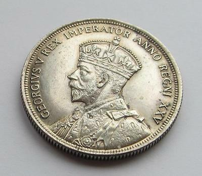 Canada George V silver Dollar dated 1935 - Excellent collectable coin