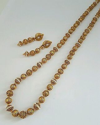 Indian traditional ball mala / necklace with pearl trim and earrings.