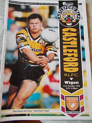31.10.93 Castleford v Wigan rugby league programme