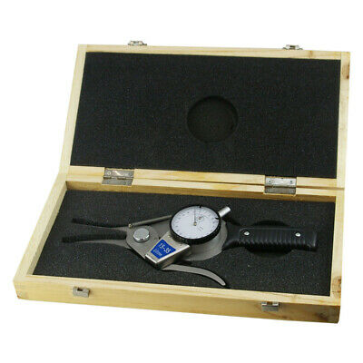 15-35 mm Internal Dial Bore Caliper with a 15mm to 35mm Measuring Range.