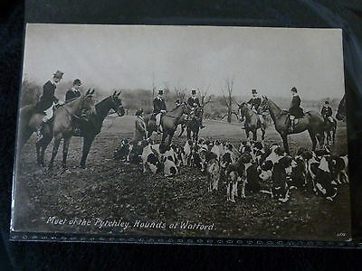 Watford Northamptonshire 1910 meeting of the Pytchley Hunt - Postcard (unposted)