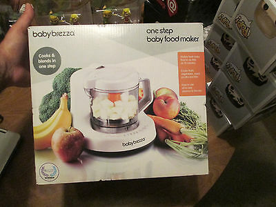 Baby brezza one step baby food maker Cook Blend Steam Fruits Veggies Meat NEW