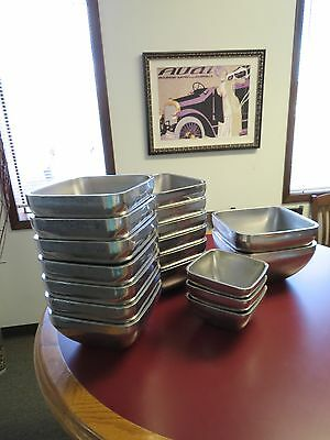 **LOT 18** Vollrath 47672 /47674/47659 S/S Double-Wall 1.8 Qt Square Plain Bowl