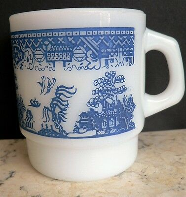 FIRE KING Vintage Blue Willow Coffee Mugs Anchor Hocking Stackable Nesting