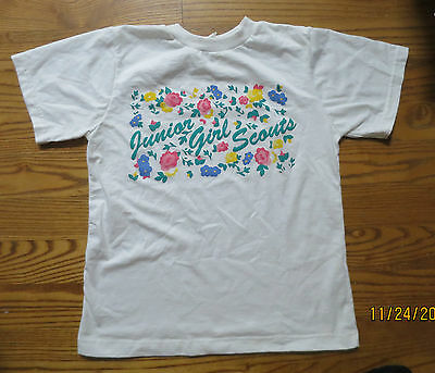 Junior Girl Scouts White T-shirt Size Large- short sleeves with flowers EUC