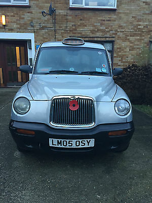 Black Silver Taxi Tx11 In Silver 05 Plate Full Years Mot
