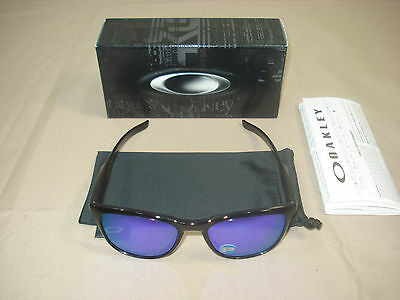 9340-03 New Polarized Oakley Trillbe X Polished Black Ink Violet Iridium Polar