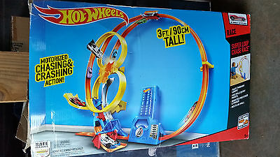Hot Wheels Super Loop Chase Race Trackset (Discontinued) COMPLETE EUC