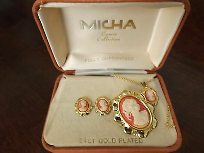 Vintage 24ct gold cameo jewellery set