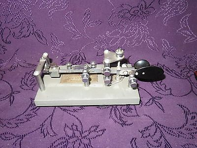 VIBROPLEX HAM RADIO TELEGRAPH KEY (labeled 833 Broadway, NY,)