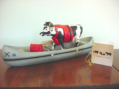 2001 COW PARADE Figurine MOOVIN' ON DOWN THE MIGHTY MO Retired #9138 Canoe Boat