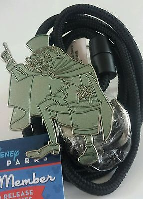 Disney Cast Exclusive  Hatbox Ghost - Haunted Mansion Id Holder Lr  Bolo Lanyard