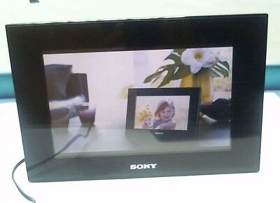 """Sony DPF-D70 7"""" Digital Picture Photo Frame"""