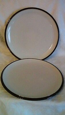 Denby Everyday black pepper dinner plates 10.5 Inches x 2