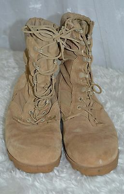 Used Canadian military desert combat boots size 8W ( wide ) #B-5