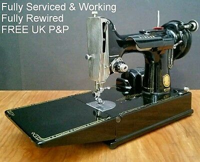 SERVICED & WORKING Singer 221K Featherweight Sewing Machine & Case Vintage 1950s