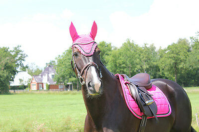 QHP Pink Flash Full GP Matchy Set Ear Net and Saddle Pad