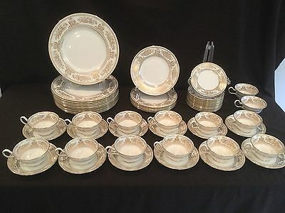 55 Piece Set Of Wedgwood China In The Gold Columbia Pattern
