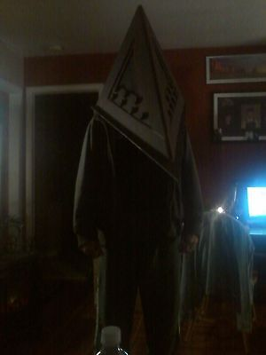 Red Pyramid Head Silent Hill Adult Size Cosplay Halloween Mask Zombie Prop