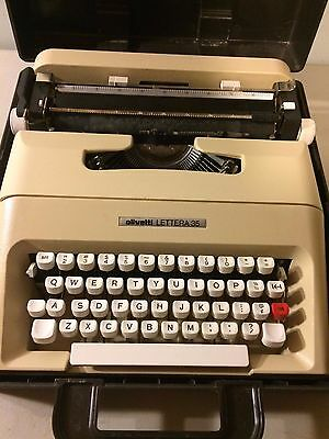 Vintage Beige Olivetti Lettera 35 Portable Manual Typewriter + Carrying Case