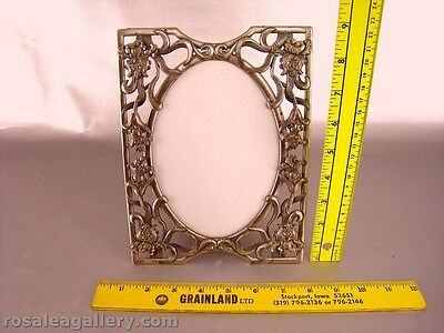 Pewter?/Metal 5 X 7 Picture Frame