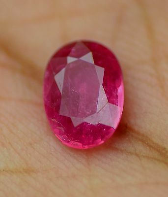 0. 79 cts natural  ruby 100% mozambique untreated  apgtl  certified