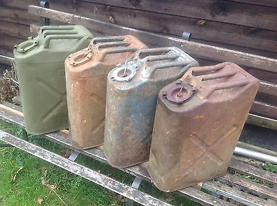 Willys Jeep Jerry Cans