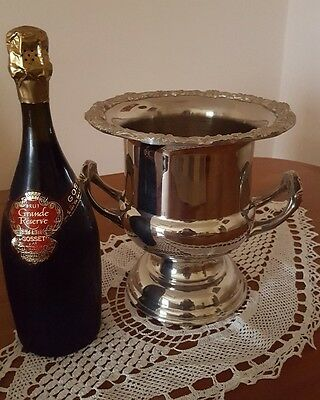 Silver Plated Champagne Bucket, Ice Bucket, Wine Bucket Vintage Stunning!