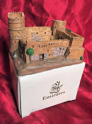 EMIRATES COLLECTABLE! MINIATURE BITHNA FORT (no 6) SCALE MODEL. NEW & BOXED