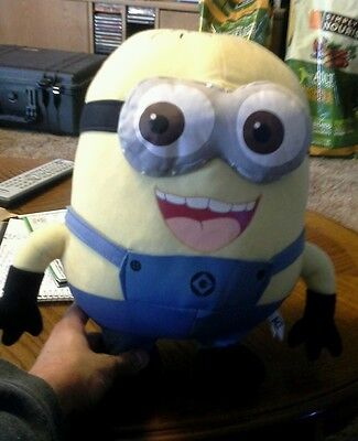 UNIVERSAL STUDIOS  DESPICABLE ME MINION WITH GOGGLES PLUSH STUFFED TOY DOLL 22in