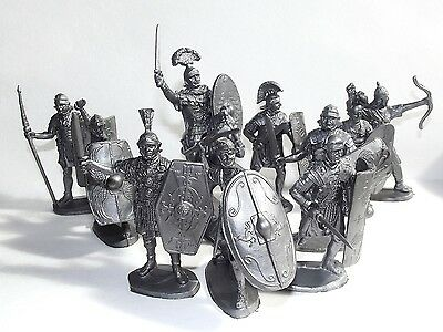Russian toy soldiers. Roman legionaries. 1/32 scale. 60 mm.