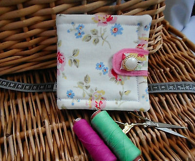 """HANDCRAFTED PADDED CATH KIDSTON NEEDLE CASE..MOTHERS DAY GIFT..""""Cut Flowers""""(J)"""