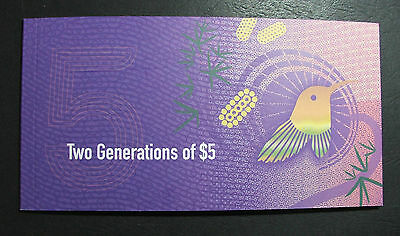 RBA 2016, 2015 $5 note Dual Collector folder, Two generation notes, new & old.