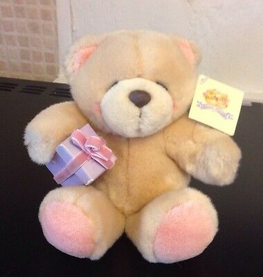 Forever Friends 5 Inch Beanie Bear With Present