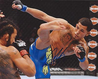 Anthony Showtime Pettis Signed 8×10 Photo UFC MMA Autographed COA C