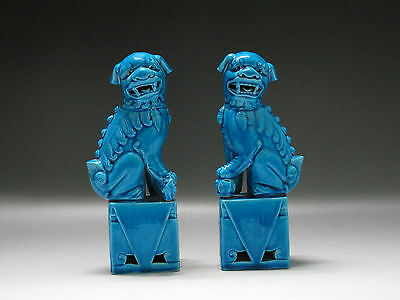 Chinese Blue glaze Porcelain Hand Carving One pair lion Play Hydrangea Statue