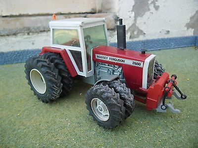 Britains Farm SPECIAL MF 2680 Tractor Duals all Round (1/32 Scale)