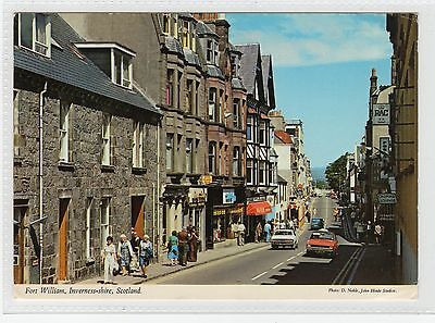 FORT WILLIAM: Inverness-shire postcard (C24640)