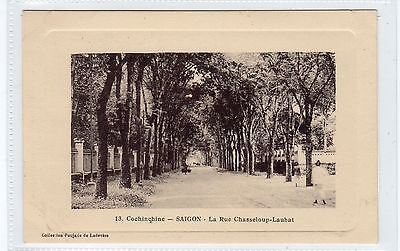 LA RUE CHASSELOUP-LAUBAT, SAIGON: French Indo-China postcard (C24497)