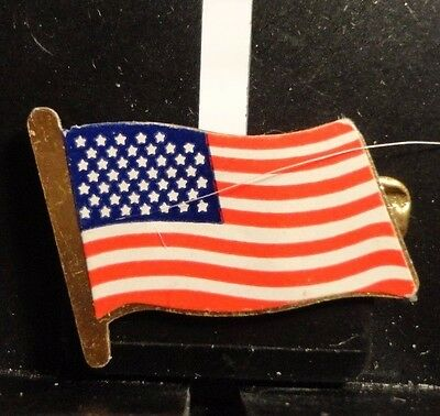 Preowned Old Glory Usa Flag Lapel Pin (112816)