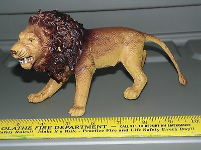 LION HEAVY PLASTIC figure - toy hard solid AAA