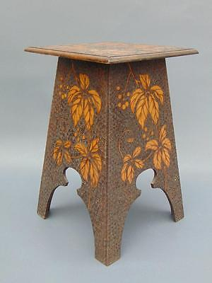 Attractive Arts & Crafts Leaf Design Display Stand Table