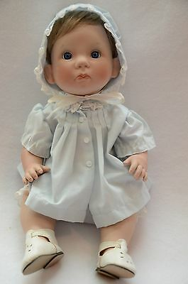 Lee Middleton Vinyl Doll Little Angel Face Forget Me Not 14 Inches